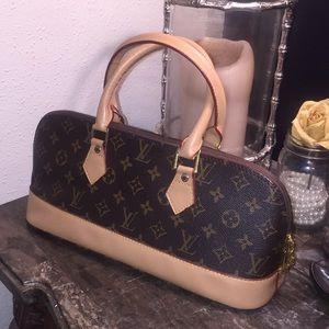 Handbags - Women's small handbag